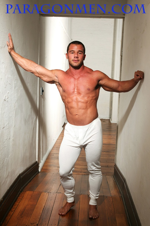 Paragon Men: Kent Slugger flexes his massive muscles!