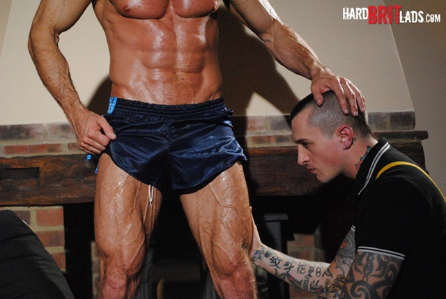 Hard Brit Lads: Bodybuilder Simon Layton and slave Dan Jensen sleazy ass fuck