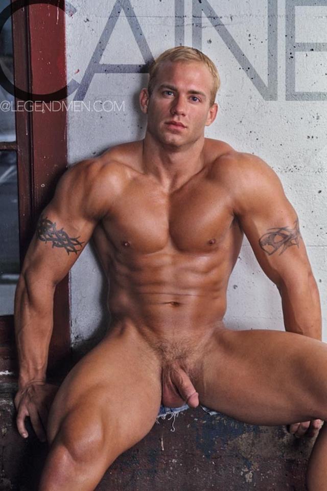 Horny muscle men of Legend