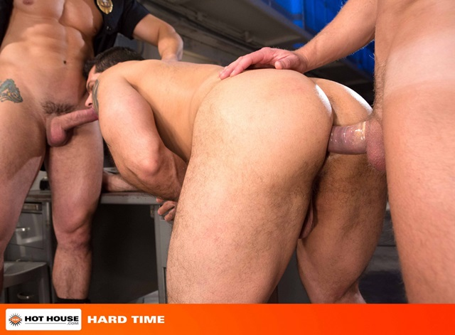 Jimmy-Durano-and-Landon-Conrad-Hothouse-gay-porn-stars-fucking-naked-guys-muscle-hunks-muscled-cocks-anal-sex-young-studs-huge-uncut-dick-007-gallery-video-photo