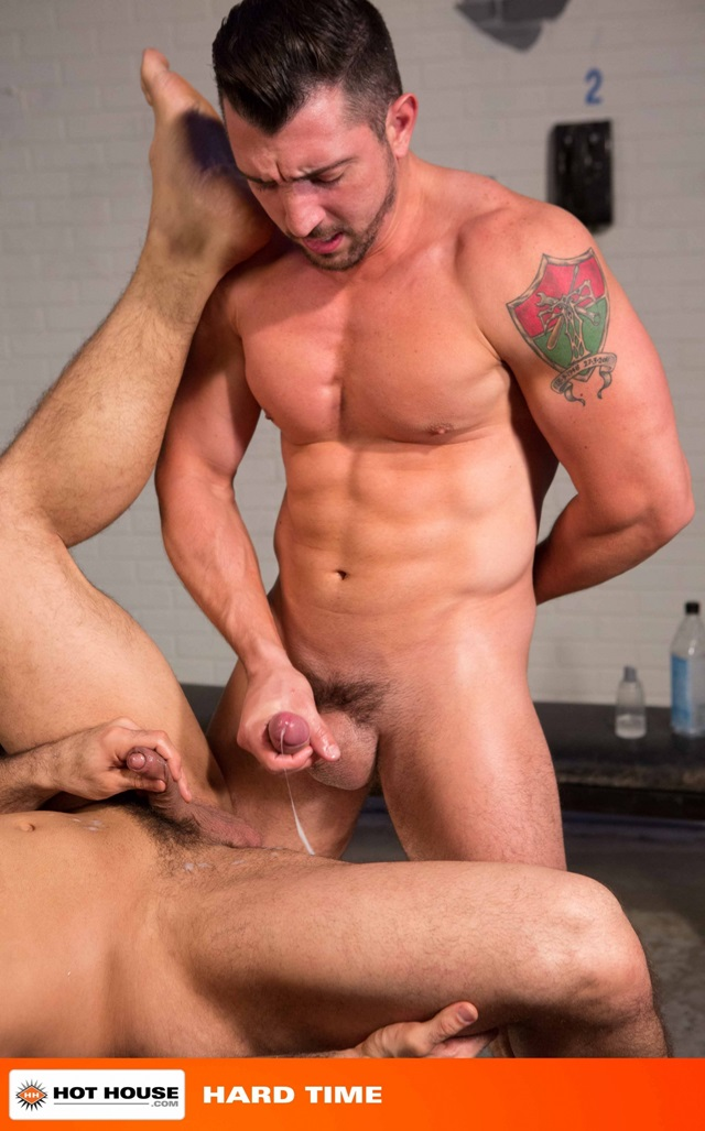 Jimmy-Durano-and-Landon-Conrad-Hothouse-gay-porn-stars-fucking-naked-guys-muscle-hunks-muscled-cocks-anal-sex-young-studs-huge-uncut-dick-012-gallery-video-photo