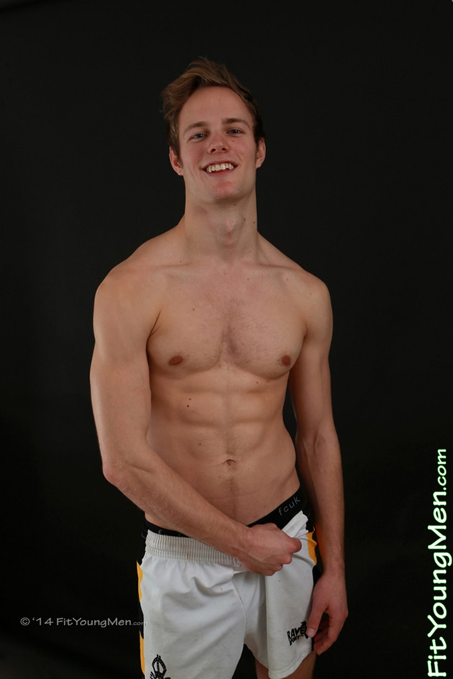 Naked-gay-sportsmen-young-naked-guys-mm00448-fit-young-men-jon-wright-gallery-video-photo