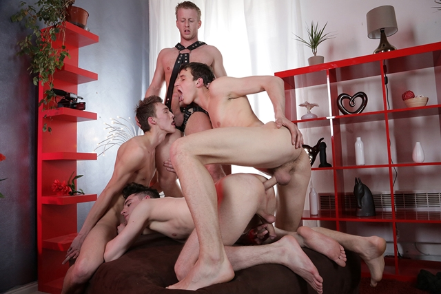 Staxus-Mike-James-Benjamin-Dunn-Denis-Reed-three-swollen-dicks-Johny-Cruz-ass-hole-fuck-001-male-tube-red-tube-gallery-photo