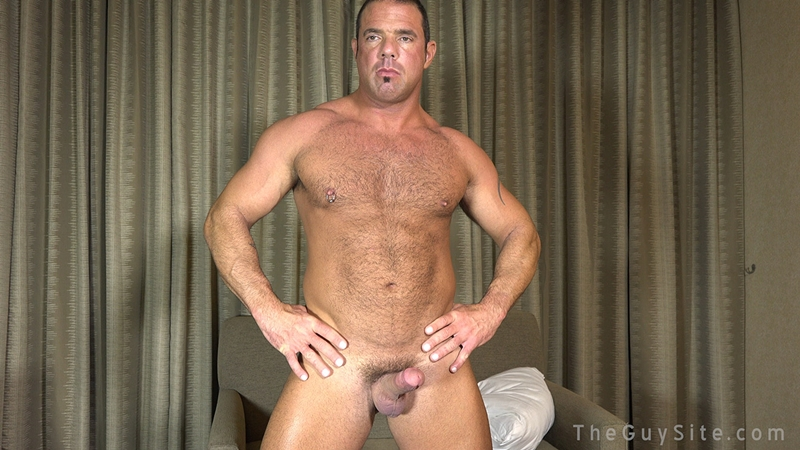 TheGuySite-Mike-Anders-hairy-muscular-mature-DILF-Dads-I-like-to-fuck-real-working-blue-collar-man-001-male-tube-red-tube-gallery-photo