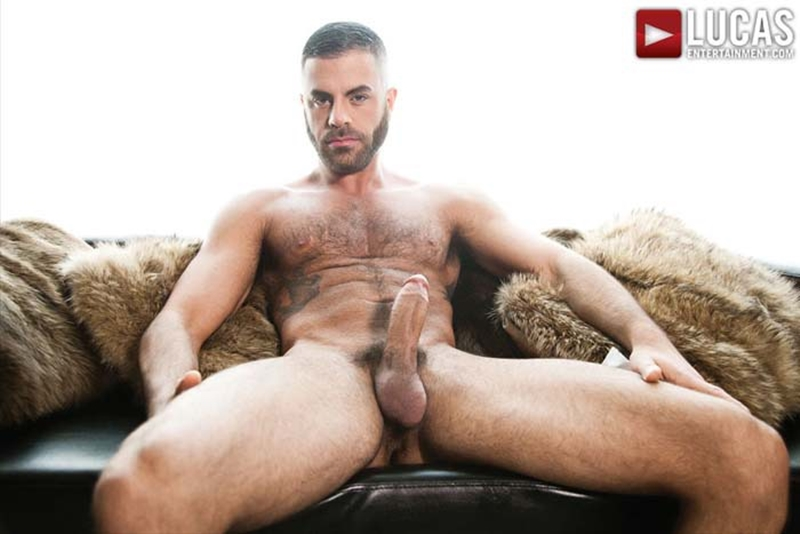 LucasEntertainment-blond-Christopher-Daniels-Marcus-Isaacs-furry-muscular-body-bareback-raw-fuck-tight-muscular-ass-hole-009-tube-download-torrent-gallery-photo