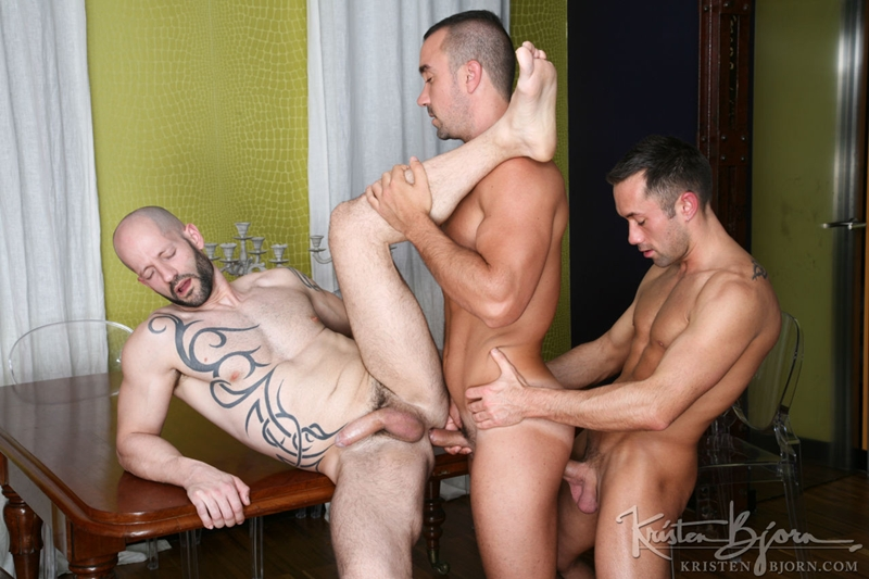 KristenBjorn-Rainer-Manuel-Olveyra-raw-cock-hungry-hole-Caleb-Ramble-fuck-hot-thick-load-beautiful-round-ass-cum-tight-raw-ass-hole-010-tube-download-torrent-gallery-sexpics-photo