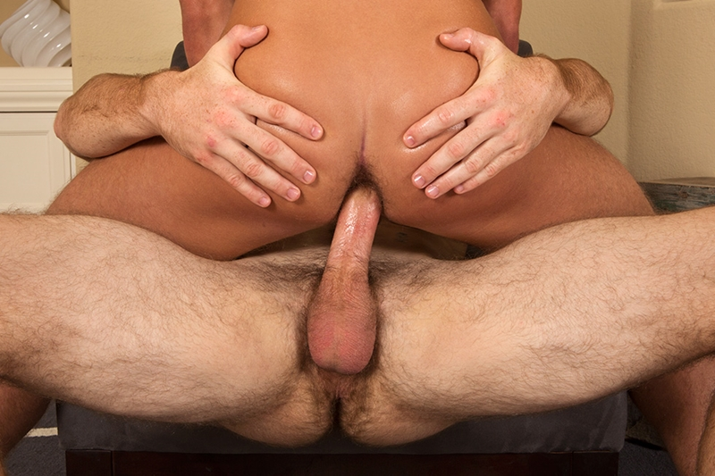 SeanCody-sexy-stud-Oliver-bareback-fucks-Porter-tanned-muscle-boy-hairy-ass-raw-cock-tight-asshole-cumload-guys-006-tube-download-torrent-gallery-sexpics-photo