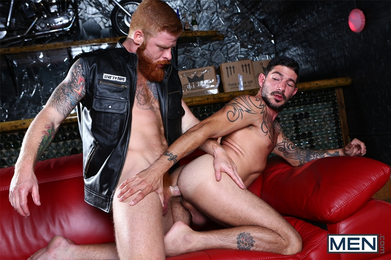 Men-com-Bennett-Anthony-fucks-famous-gay-porn-star-Johnny-Hazzard-ginger-pubes-redhead-big-furry-cock-tight-asshole-012-tube-video-gay-porn-gallery-sexpics-photo