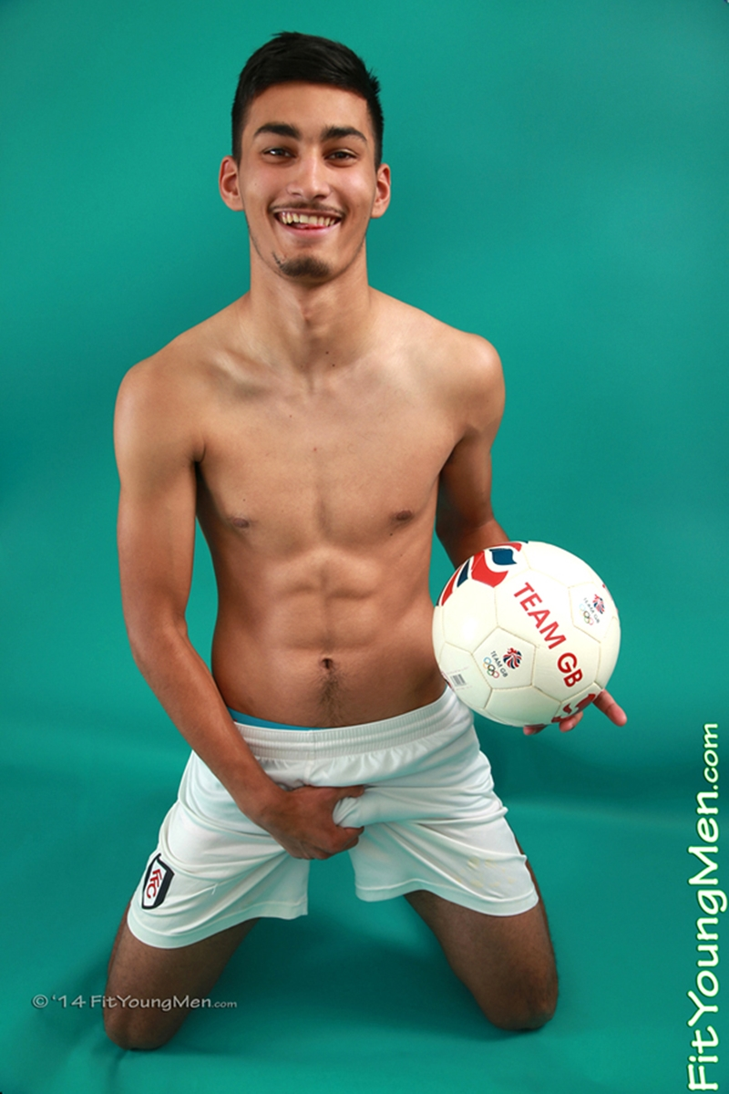 FitYoungMen-Liam-Burlington-naked-Footballer-Age-18-years-old-Straight-underwear-sexy-Abercrombie-Fitch-undies-001-tube-video-gay-porn-gallery-sexpics-photo