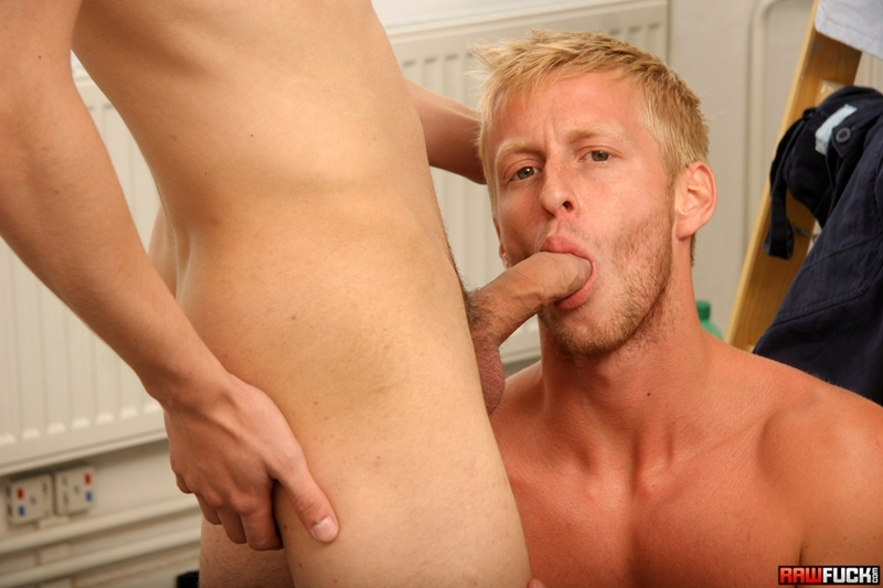 Rugged handsome superstud Denis Reed deep raw fucking