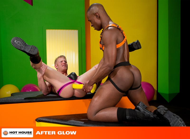 Hottest power bottom Johnny V  gives top stud Tyson Tyler full access