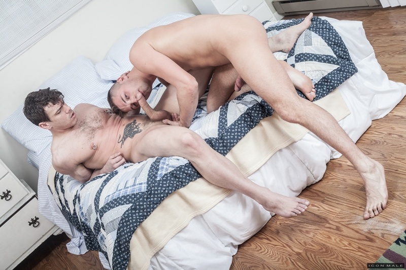 Sexy young nude dudes JD Phoenix and Jesse Santana hardcore ass fuck