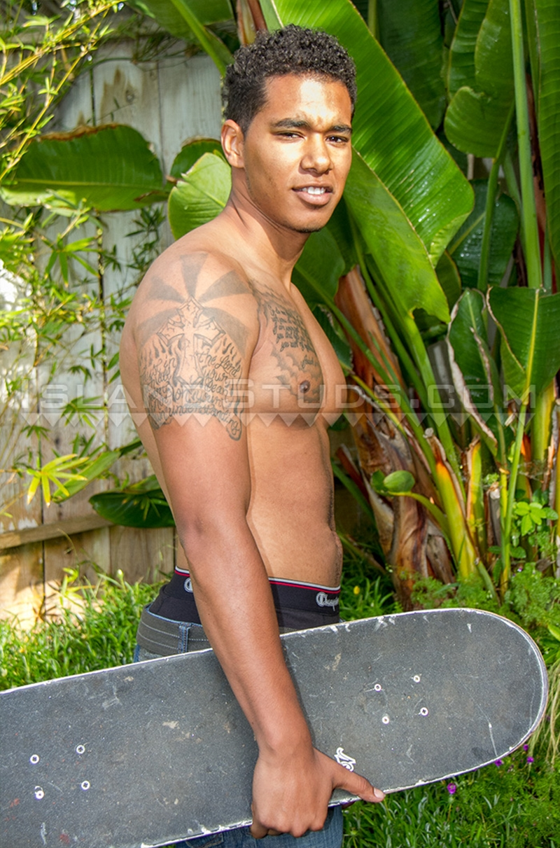 IslandStuds-skater-boy-Curtis-athletic-Afro-American-twink-smooth-boy-body-hairy-big-pecs-huge-9-inch-monster-naked-hunk-black-003-gay-porn-video-porno-nude-movies-pics-porn-star-sex-photo