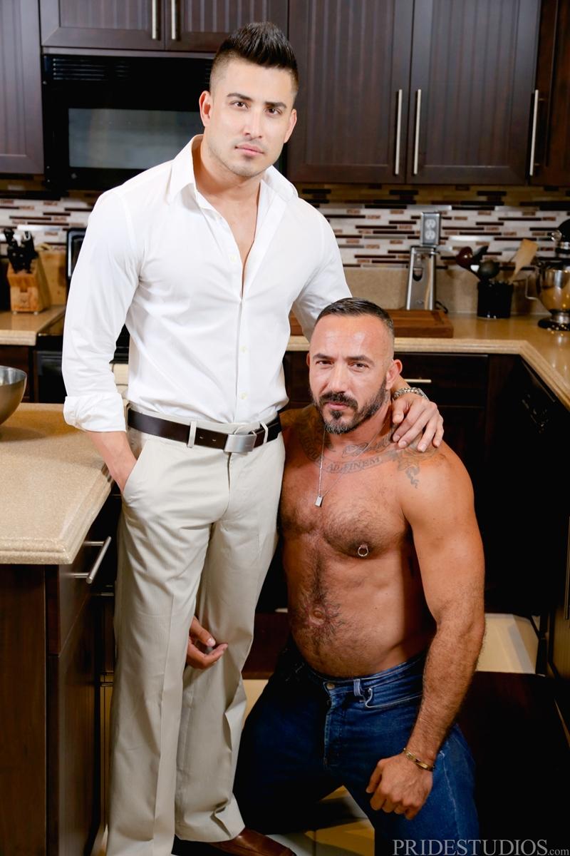 MenOver30-big-muscle-man-Alessio-Romero-Hunter-Vance-balls-deep-blowjob-fucking-boyfriend-hard-breakup-sex-ass-jerks-shoots-cum-002-gay-porn-video-porno-nude-movies-pics-porn-star-sex-photo