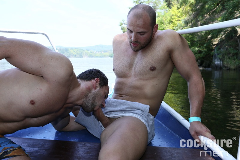 CocksureMen-Beefy-stud-Thomas-Ride-muscle-jock-Andy-West-huge-thick-uncut-cock-7-inch-raw-ass-bareback-fucking-doggy-style-cocksucker-01-gay-porn-star-sex-video-gallery-photo