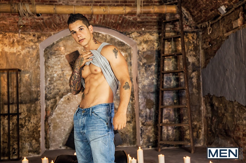 Men-com-naked-sexy-tattooed-men-Pierre-Fitch-Jimmy-Fanz-massive-fat-cock-deep-throat-fucking-bubble-butt-ass-hairy-chest-hunk-05-gay-porn-star-tube-sex-video-torrent-photo