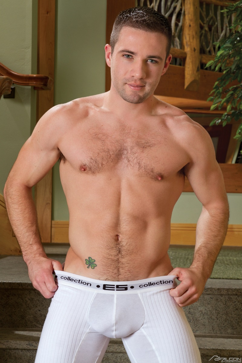 FalconStudios-Jason-Styles-naked-snowboarder-strips-sexy-young-dude-Dylan-Knight-huge-thick-cock-fucking-asshole-rimming-cocksuckers-002-gay-porn-sex-gallery-pics-video-photo