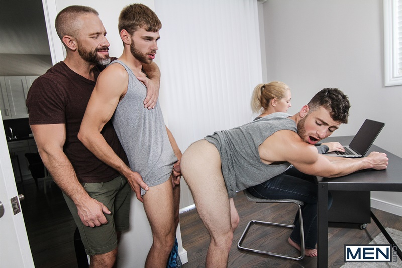 men-com-hairy-chest-muscle-studs-vincent-diaz-older-gay-guy-mature-dirk-caber-beard-cocksucking-ass-rimming-fucking-012-gay-porn-sex-gallery-pics-video-photo