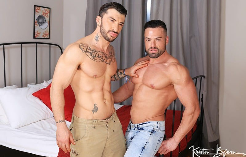 Players sexy big muscle hunk Gabriel Lunna bareback fucks his big thick dick in and out of Sergio Moreno's hot hole