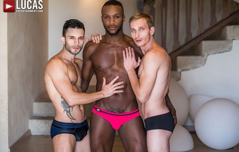 Hardcore bareback threesome Andy Star, Christian Haynes and Andre Donovan