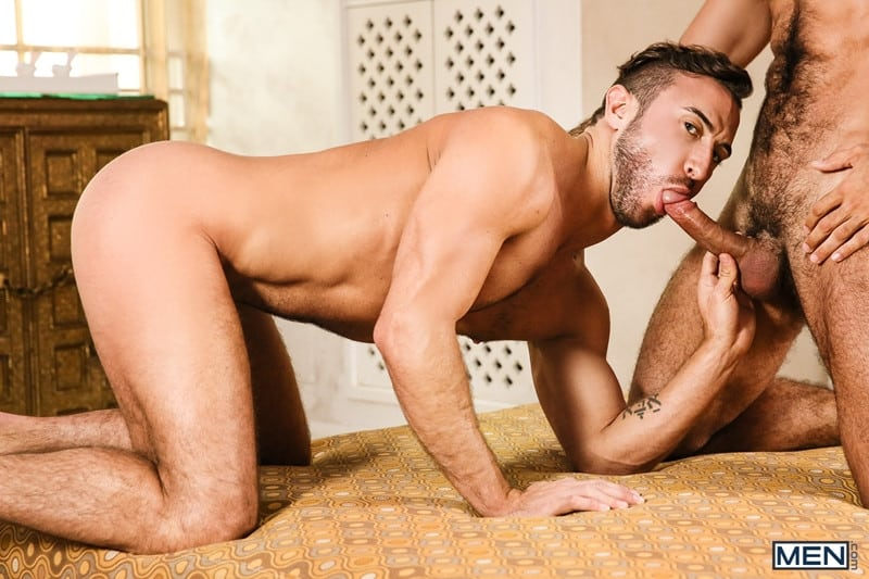 Men for Men Blog Diego-Sans-Grant-Ryan-Dark-sexy-muscle-hunk-fucks-hot-bubble-butt-ass-Men-010-gay-porn-pics-gallery Dark and sexy muscle hunk Diego Sans fucks Grant Ryan hot bubble butt ass Men