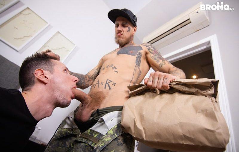 Tattooed muscle hunk Bo Sinn's huge cock abuses cute twink Eddie Rabbit's hot young hole