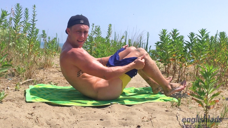 Secret beach wank straight stud Cameron Donald jerks his big uncut cock