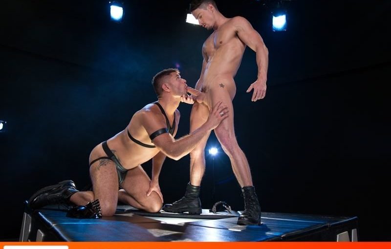 Hottie young studs Skyy Knox and Tyler Roberts hardcore anal fucking