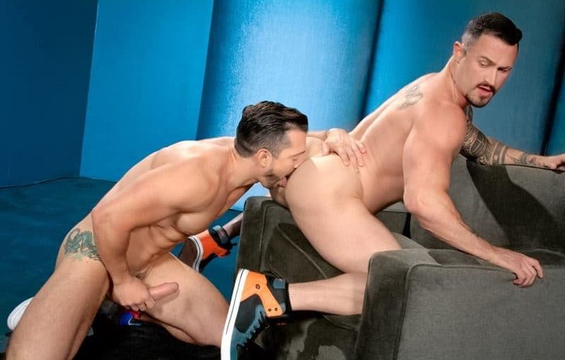 Big muscle dudes Jimmy Durano and Seven Dixons' big erect dick muscled ass fucking