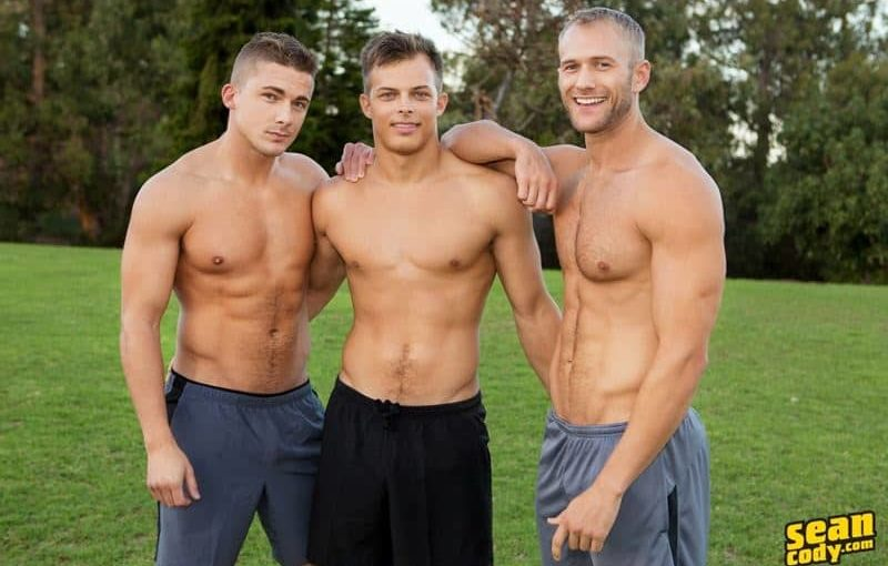 Hardcore bareback ass fucking threesome Blake, Jayden and Porter raw anal fucking orgy